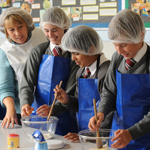 Students in Food Technology lesson